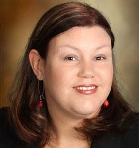 Dr. Amanda Valliant